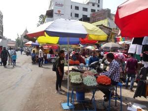 Monday market 11